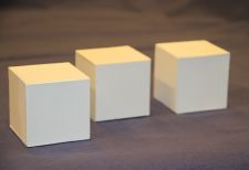 Kolme laatikkoa