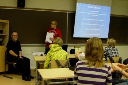 Aineenopettajaopiskelijat vauhdissa energiansäästöviikolla