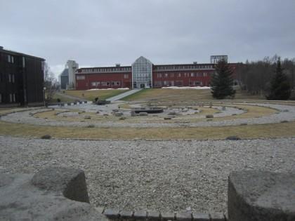 Tromssan yliopiston ns. kivipiha (1)